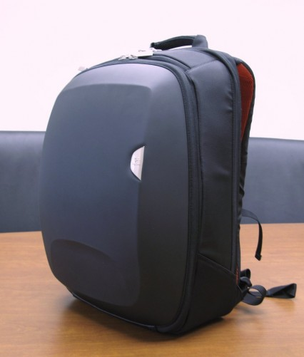 Logitech 15 4 Kinetik Backpack Review