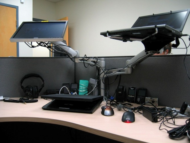 Ergotron Lx Dual Arm Desk Mount Review