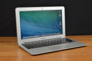 Apple MacBook Air front