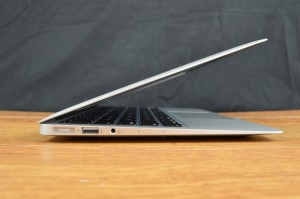 Apple MacBook Air ports left