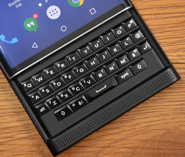 The Priv keyboard should feel familiar to BB users.