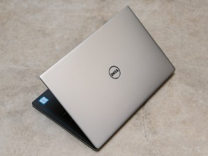 Dell XPS 13 2016 edition top view