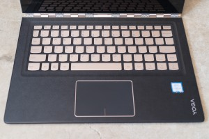 Lenovo Yoga 900S keyboard and touchpad