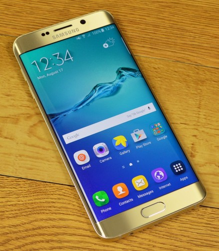 Samsung Galaxy S6 edge+ has a great display.