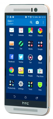 HTC One M9 5-inch LCD display
