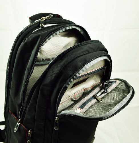 Lance Executive Daypack compartments