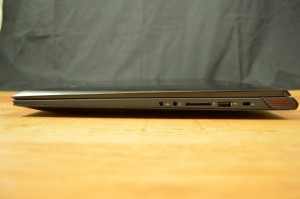 Lenovo Ideapad Y70 ports right
