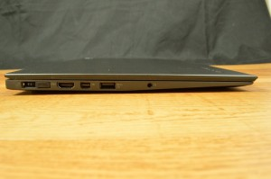 Lenovo ThinkPad X1 Carbon ports left