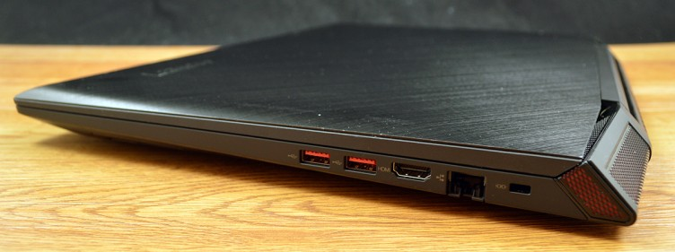Lenovo ideapad Y700 has two USB 3.0 inputs, HDMI port, and Ethernet port