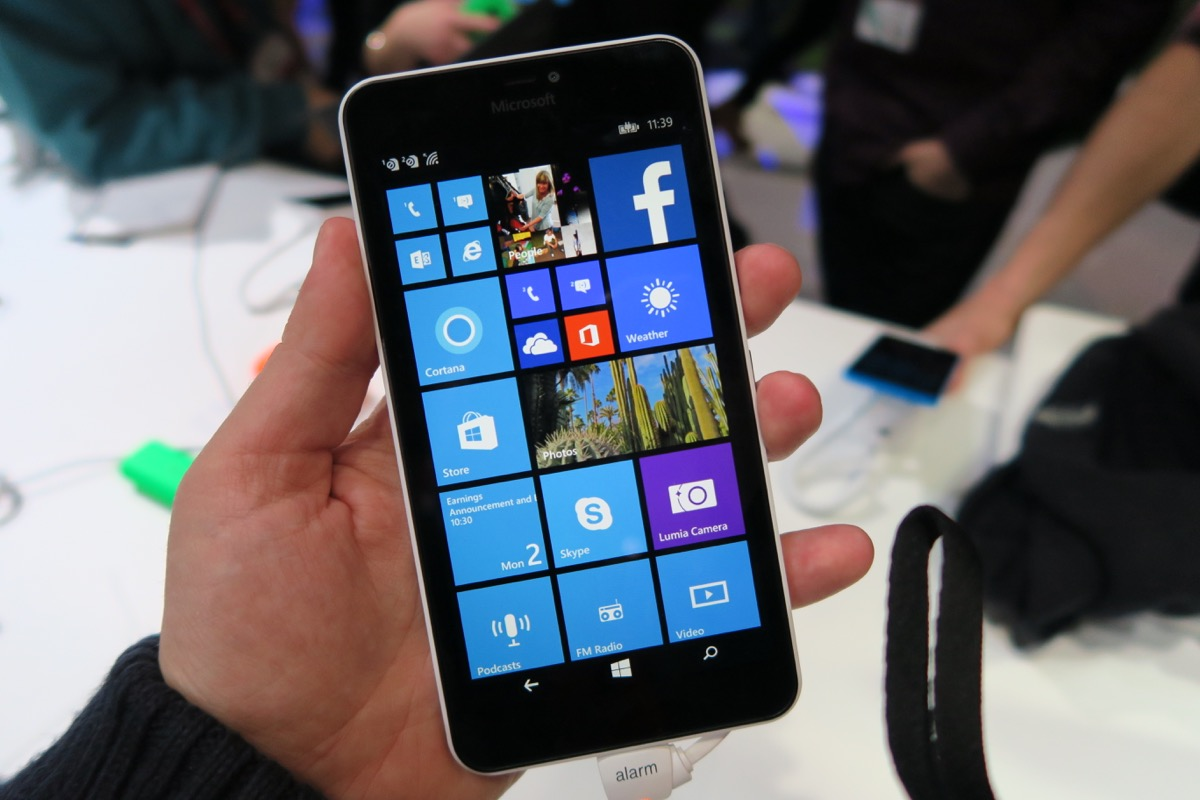Microsoft lumia 640 and lumia 640 xl hands on preview for Window 640 xl