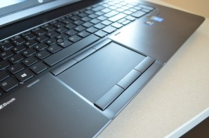 HP ZBook 17 TouchPad