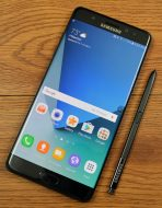 The Samsung Galaxy Note 7 has a 5.7-inch Super AMOLED display.
