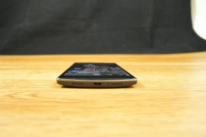 OnePlus One bottom