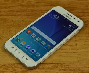 Samsung Galaxy S6 active display