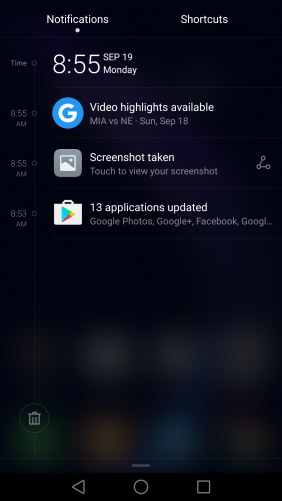 The Honor 8 notifications resemble iOS