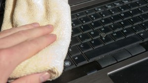 clean_your_laptop