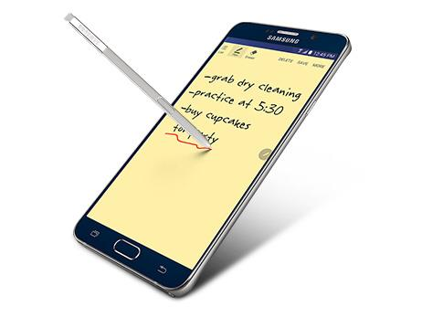 Want a stylus? Then go with the Note5.